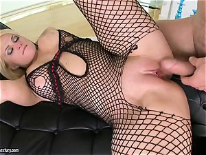 Brooklyn Bailey likes the beefy sword working rigid to pour out on her