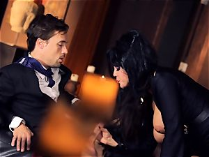 ebony haired Alison Tyler porks her suited paramour