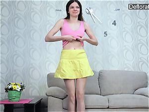 masturbation of virgin Aurore