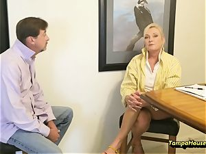 Ms Paris Rose in Paris rewards Her Top Salesman