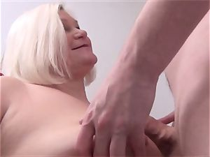 Mature sweetie Lacey Starr pov blowage