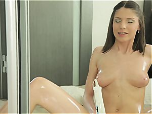 Russian black-haired makes her cunny sploog from tugging