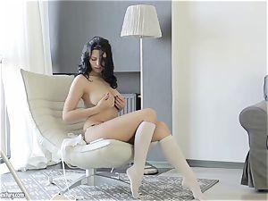 buxom ultra-cutie from Russia Kira goddess shows her elegant vagina