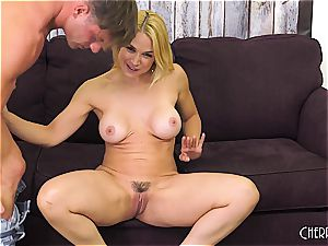 Sarah Vandella penetrates on web cam and toys her cunny to climax