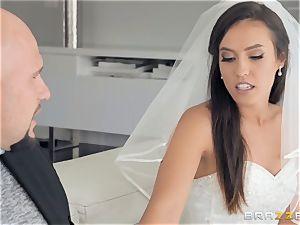 Kelsi Monroe wedding rapid screw