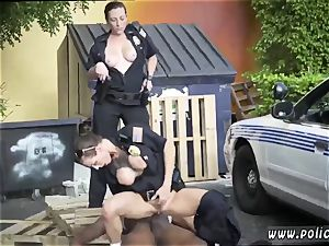 mummy youthfull male and rich german first time I will catch any perp with a massive ebony pipe,