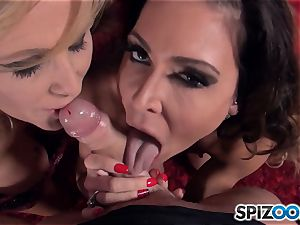 Jessica Jaymes and Julia Ann deep-throating meatpipe