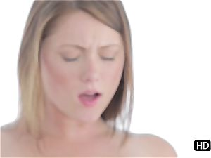 Shae Snow jammed in her taut cooch