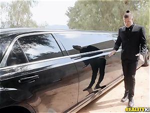 Jessa Rhodes porked in the limo