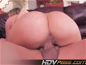 HDVPass Lexi love pumps out allover the place